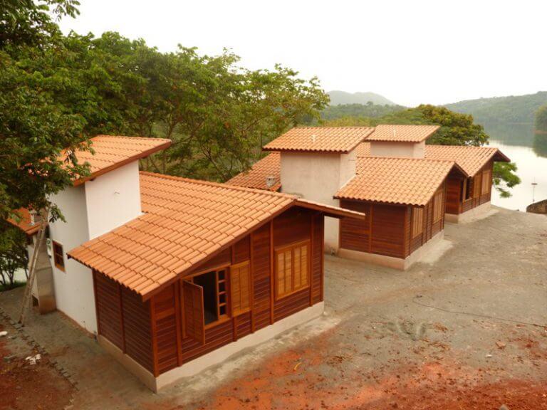 Casa de madeira pré-fabrica obra 43