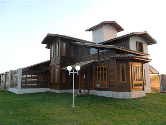 Casa de madeira pré-fabrica obra 46