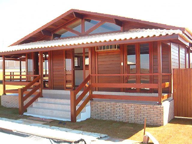 Casa de madeira pré-fabrica obra 27