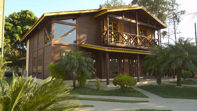Casa de madeira pré-fabrica obra 23