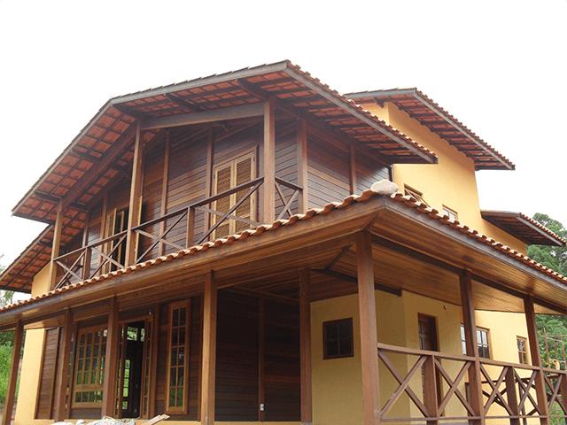 Casa de madeira pré-fabrica obra 47