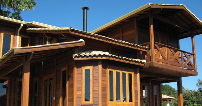 casa pré-fabricada de madeira maciça
