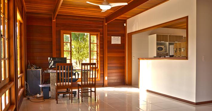 acabamento casa de madeira pré-fabricada