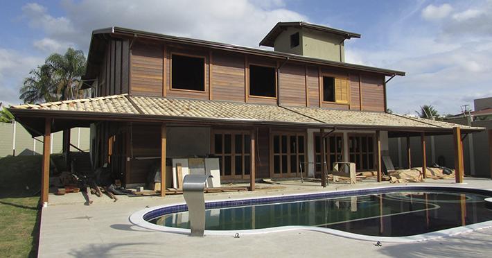 casa pré-fabricada com piscina