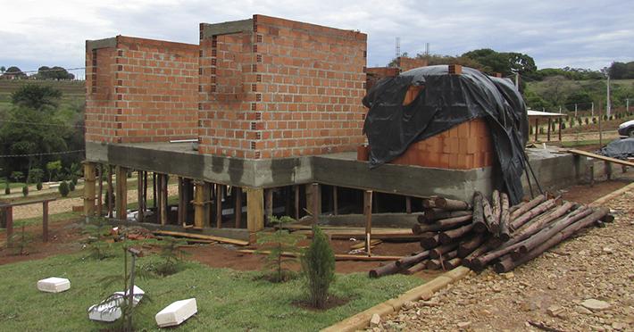 casa de madeira maciça pré-fabricada em Santo Antônio de Posse – SP