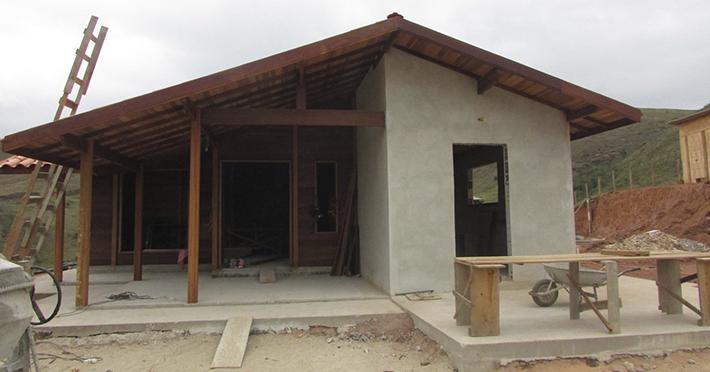 casa de madeira maciça em São José do Barreiro – SP