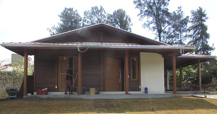 casa de madeira maciça em Águas da Prata – SP