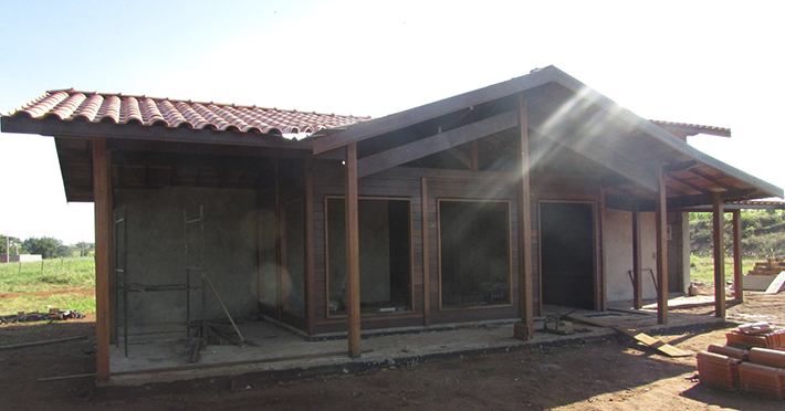 casa de madeira pré-fabricada em Itápolis – SP