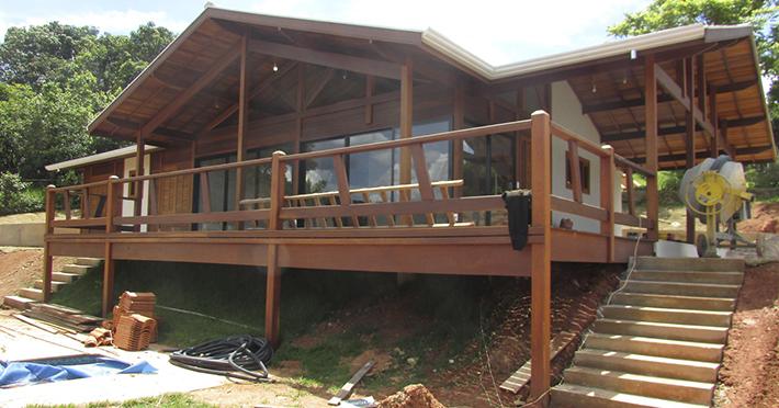 casa de madeira maciça em Itatiba – SP