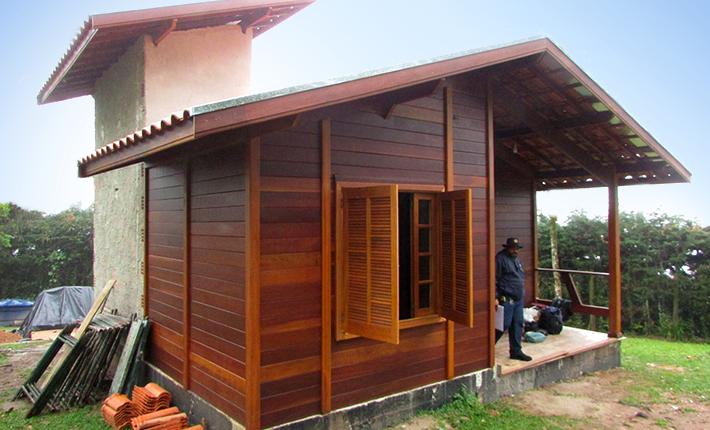 Projeto de casa de madeira maciça 40,26m² com execução em Campos do Jordão – SP