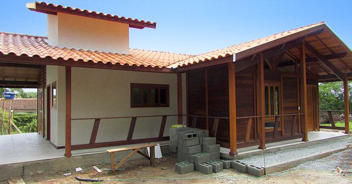 casa de madeira maciça em Mairiporã – SP