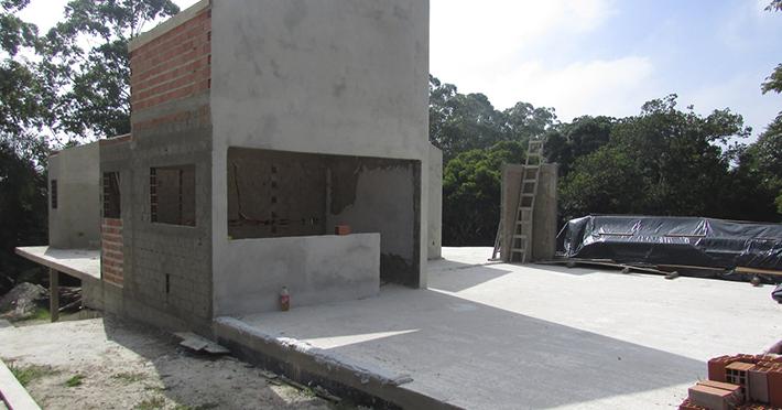 casa de madeira em itapecerica sp