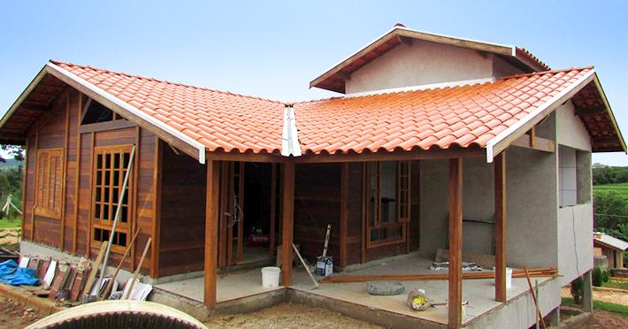 casa de madeira em santo antônio da posse