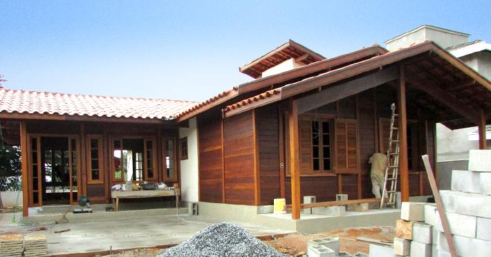 casa de madeira pré-fabricada taubaté-sp