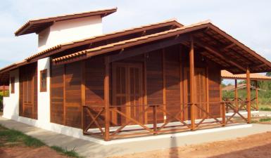 terreno casa madeira pré-fabricada
