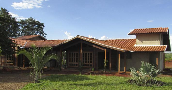 casa de madeira pré-fabricada em Itápolis - SP