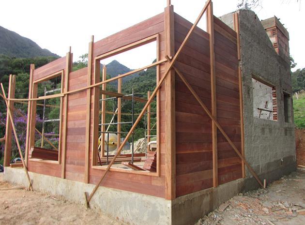 casa de madeira pré-fabricada em itamonte - MG