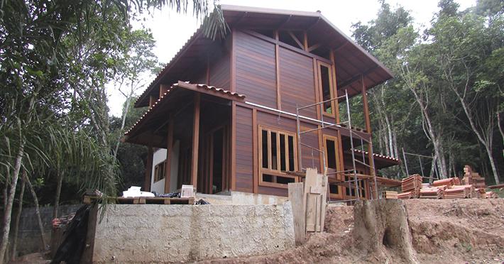 casa de madeira pré-fabricada em Ribeirão Pires - SP