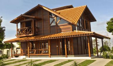Casa de madeira pré-fabricada: visitando o showroom de Taubaté-SP