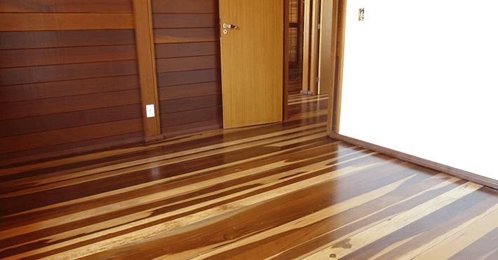 piso casa de madeira