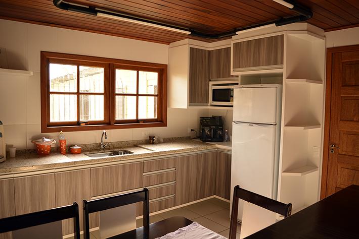 casa de madeira maciça pré-fabricada