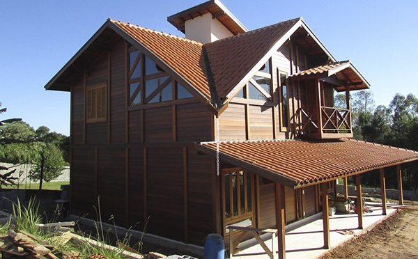 casa de madeira em Ibiúna - SP
