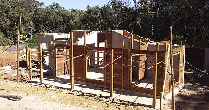casa de madeira em Ibiúna – SP
