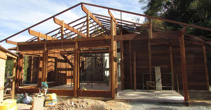 casa de madeira pré-fabricada em são bento do sapucaí sp