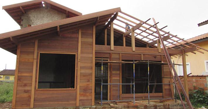 casa de madeira pré-fabricada em Bertioga – SP