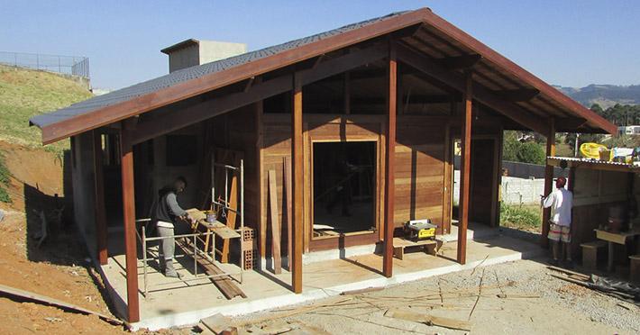 casa de madeira em Extrema - MG