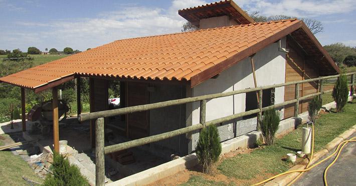 casa de madeira em Santo Antônio de Posse - SP