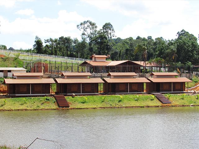 Casa de madeira pré-fabrica obra 48
