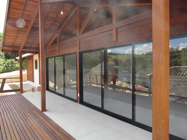 Casa de madeira pré-fabrica obra 49