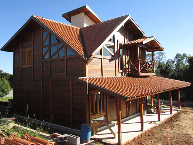 Casa de madeira pré-fabrica obra 53
