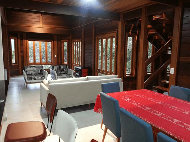 Casa de madeira pré-fabrica obra 55