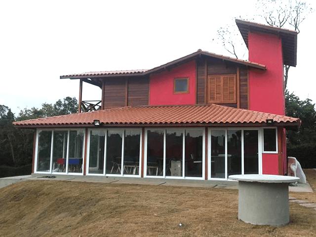 Casa de madeira pré-fabrica obra 57