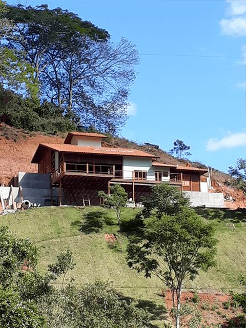 Casa de madeira pré-fabrica obra 65