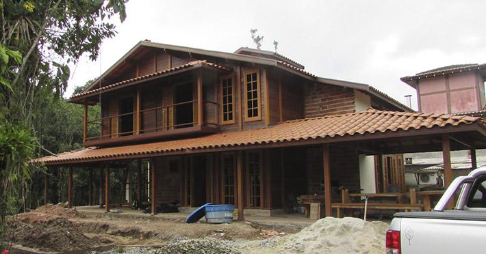 casa de madeira em Barra Do Una – SP