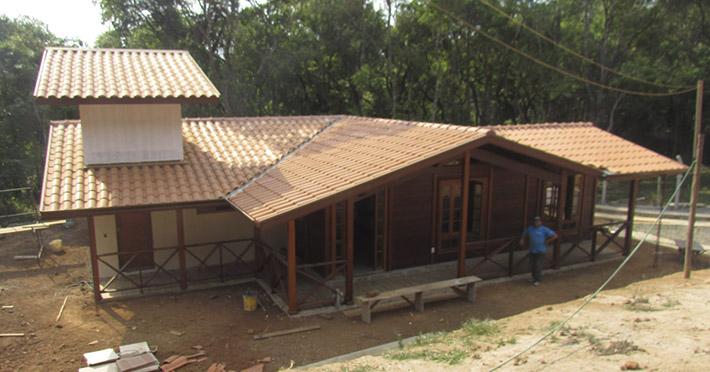 casa de madeira maciça em Ibiúna – SP