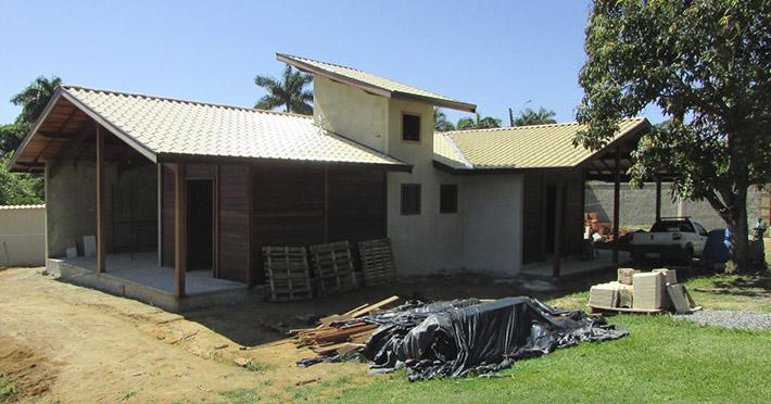 casa mista pré-fabricada em Penedo – RJ