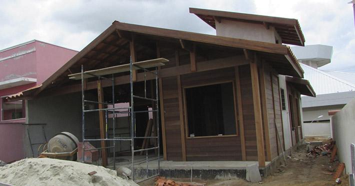 casa de madeira em Cachoeira Paulista – SP