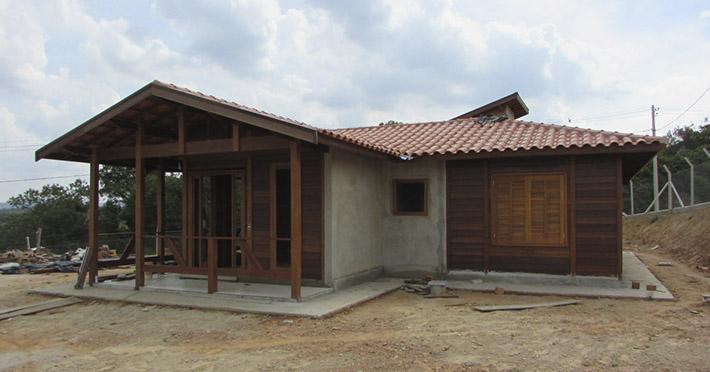 casa de madeira em Mairinque – SP