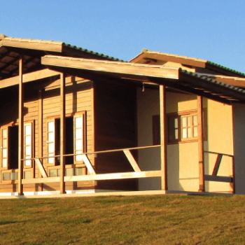 casa de madeira dois quartos