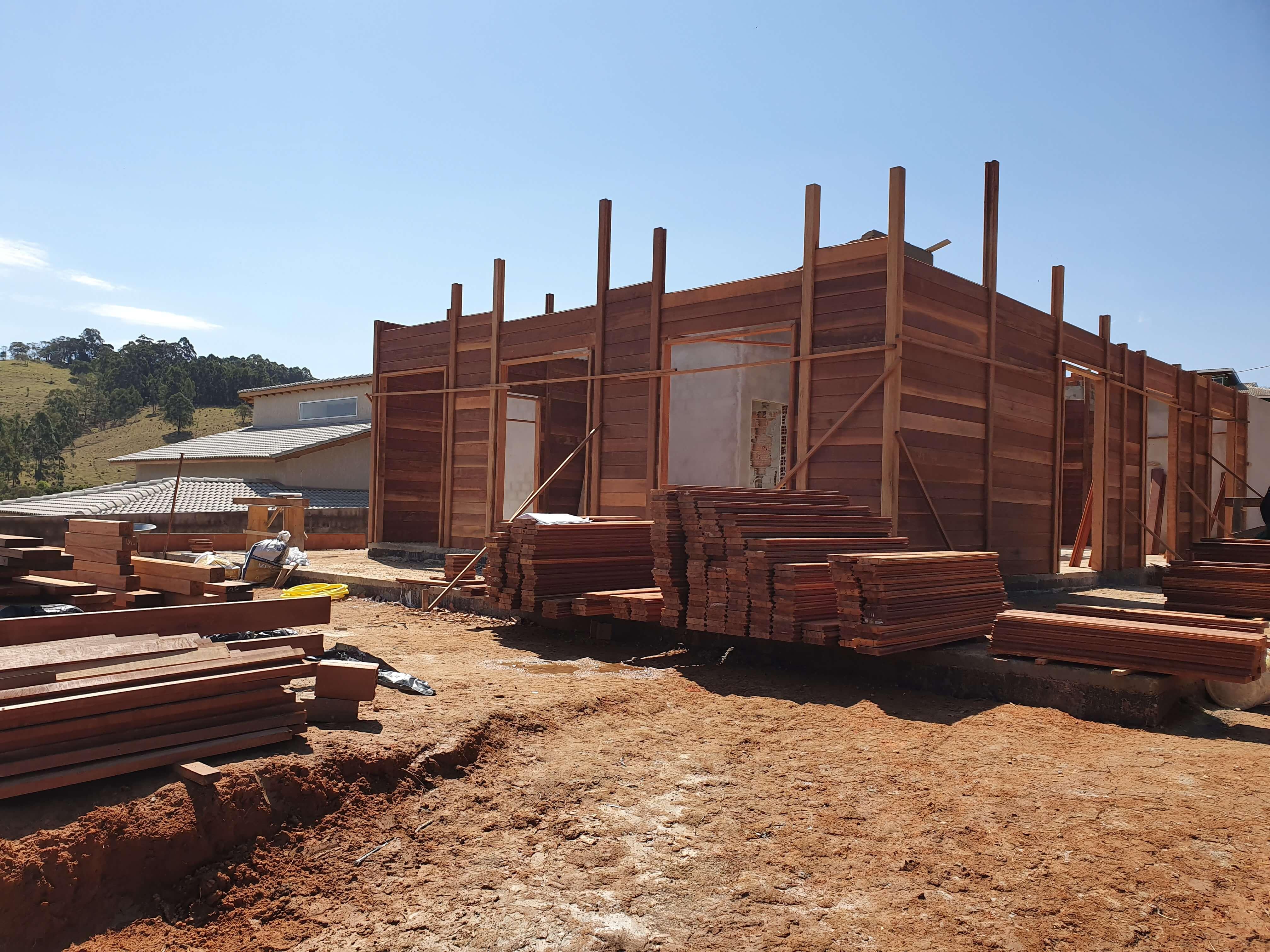 Projeto de 173,52m² com execução em Pinhalzinho - SP