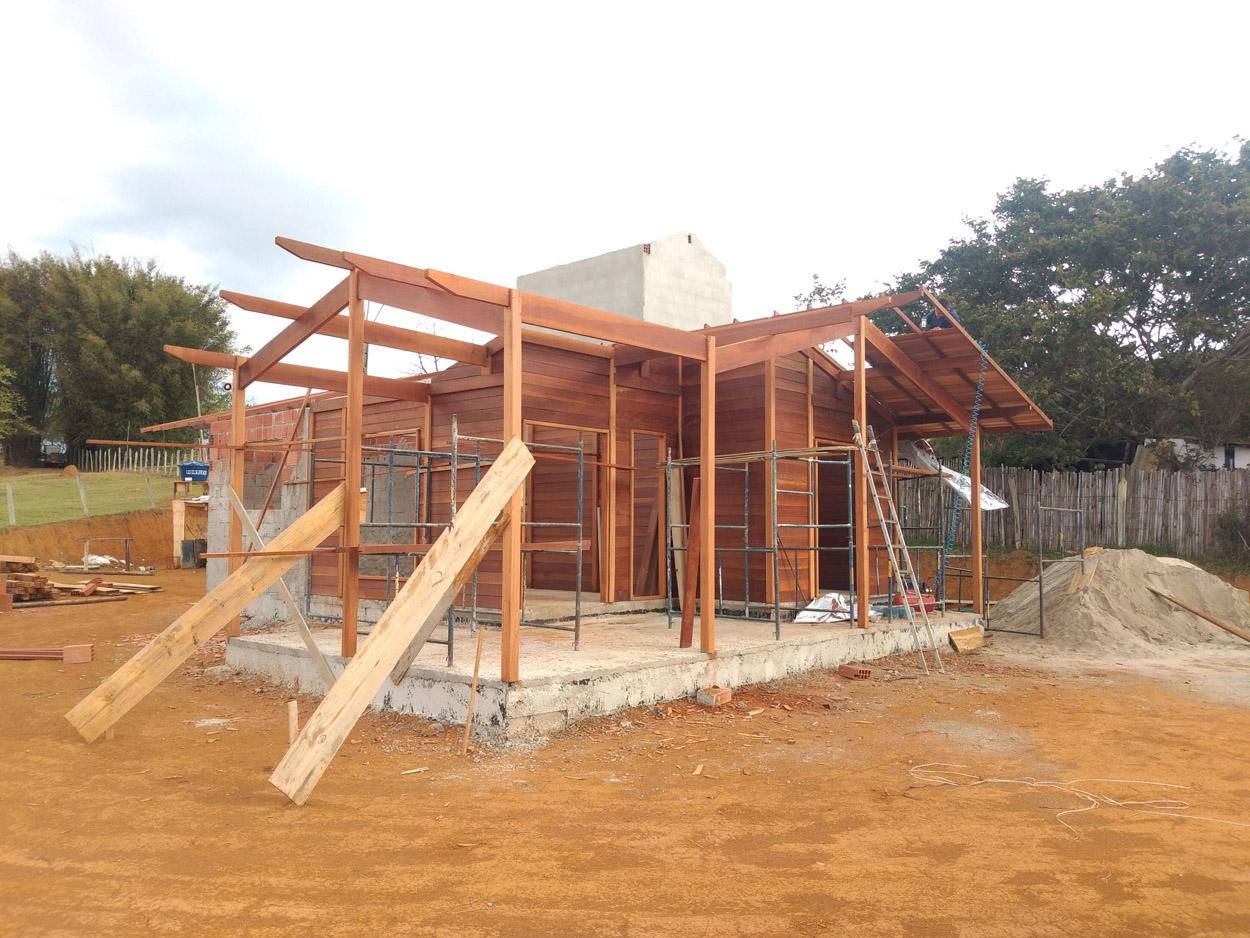 projeto casa de madeira Guaratingueta-SP